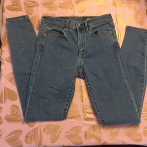 Gap 1969 Jeans.